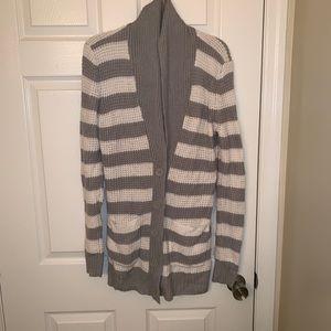 Gray & white knit cardigan